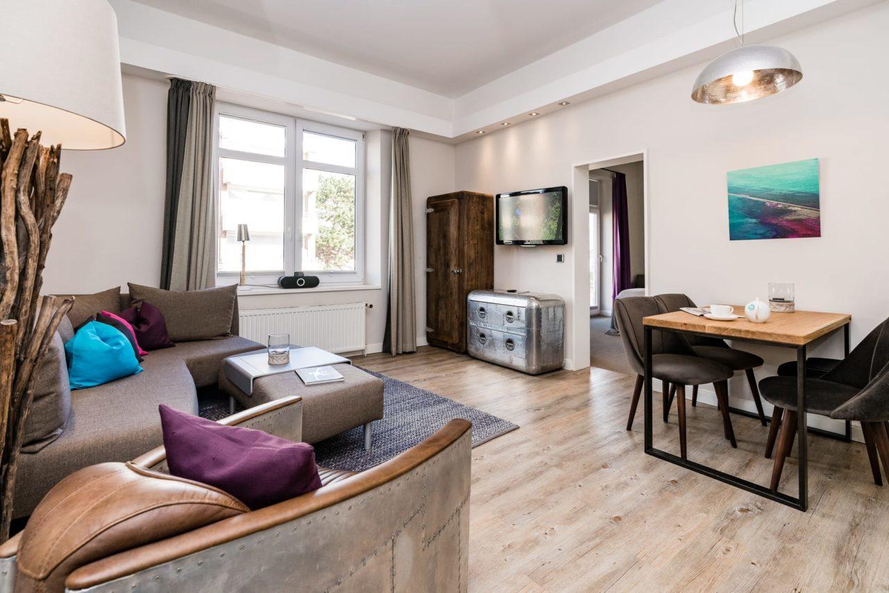 Appartements mit fr hst ck sylt hotel villa 54 nord in for Design hotel 54 nord